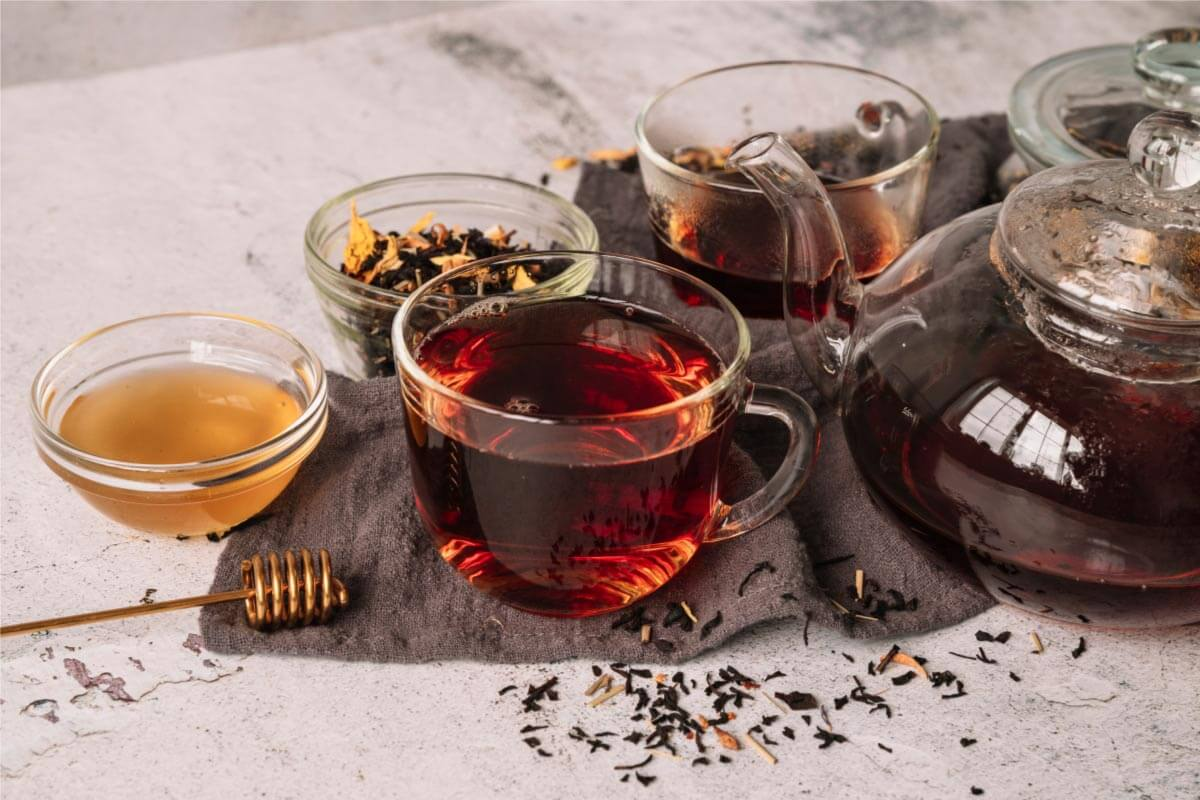 black tea helps to lose weight